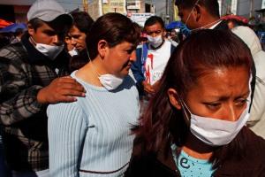 Associated Press photo, 4/24/09, Mexico City.